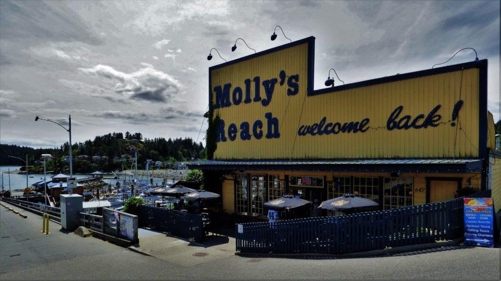 Molly's Reach Restaurant, Gibsons Landing, BC