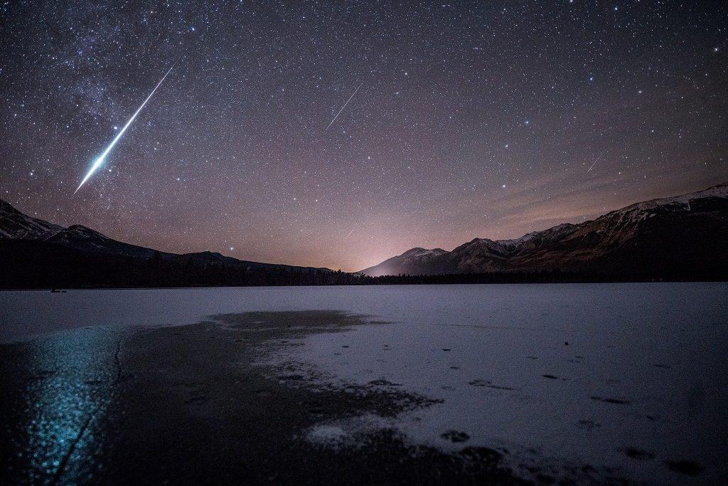 Meteor shower display in a dark sky environment.