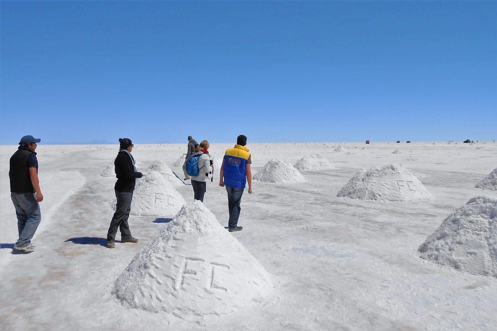 Stopping at the salt mining areas at El Salar de Uyuni